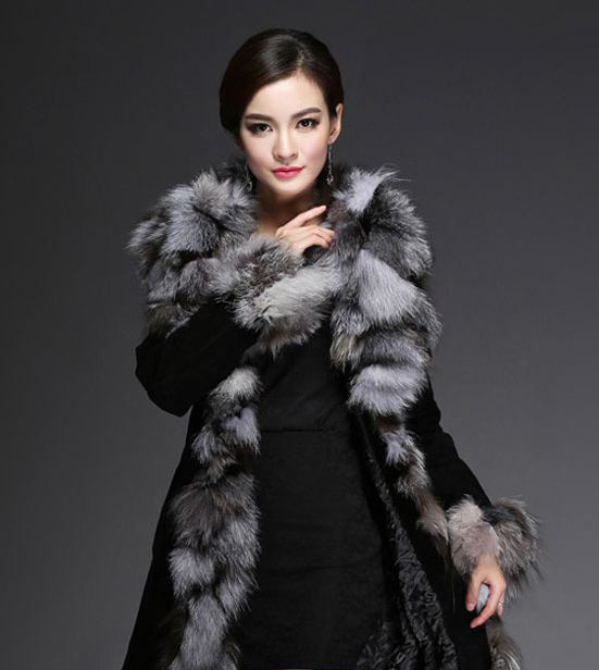 Genuine Leather Coat for Winter Black Overcoat with Real Fox Furs