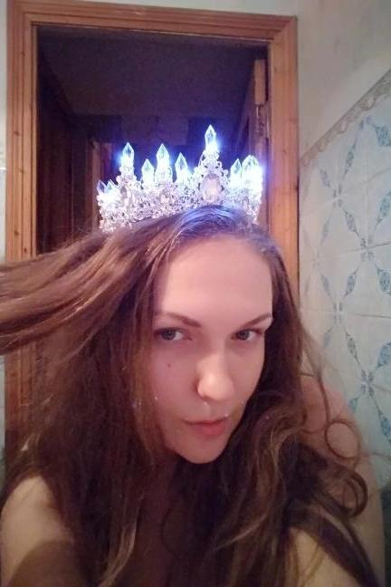 Bridal Crowns Tiaras Real Buyers Photos Crowns That Glows Queen Princesses Diadem LED Crowns 5 Colors Available