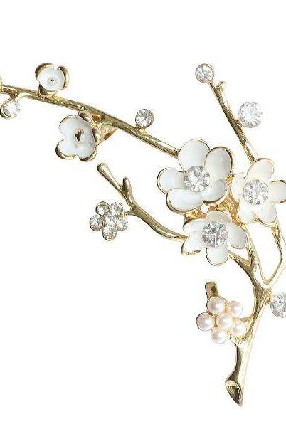 Wedding Brooch Bridal White Brooch RSS Boutique Bouquet White Plum Blossom White Brooch for Women